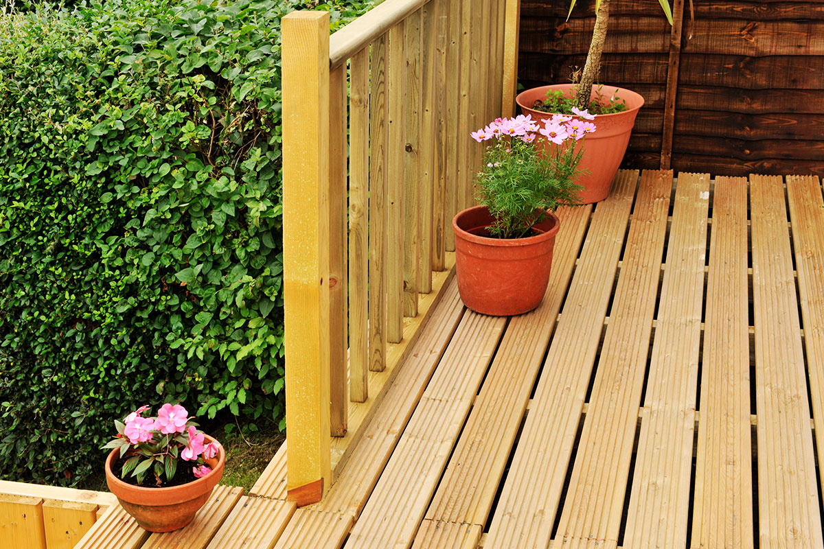 Decking Orpington